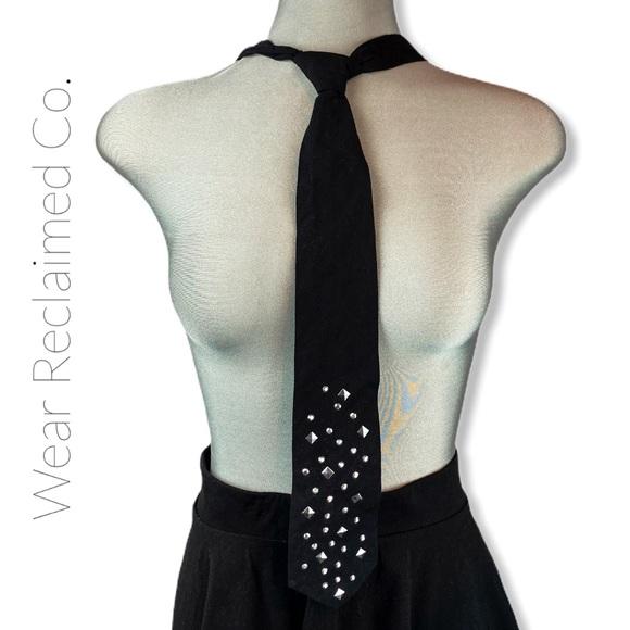 🛍3/$30 - Black & Silver Cotton Tie - Adjustable